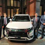 Mitsubishi lanza financiera y presenta SUV híbrida eléctrica