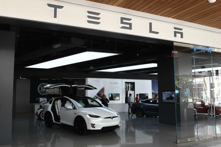 Tesla, la segunda armadora más cara del mundo.