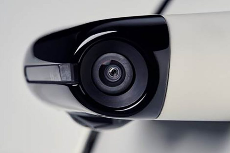 Honda e y los retrovisores digitales