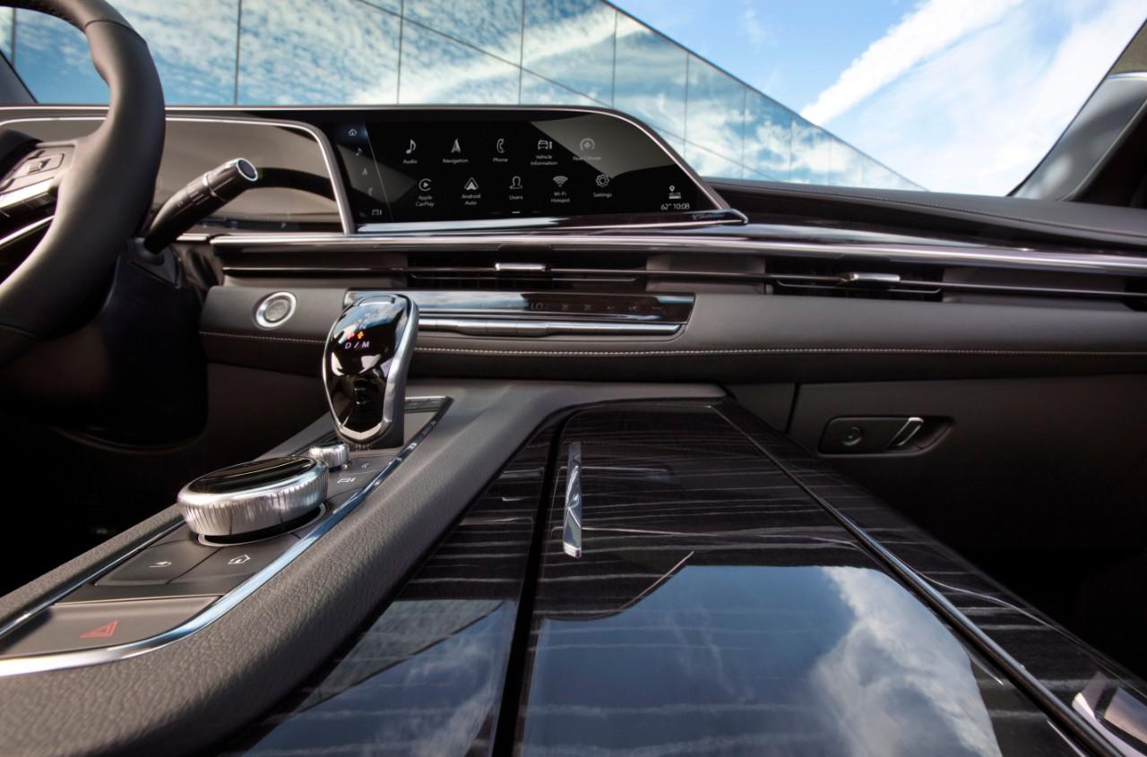 Escalade 2021 fue anunciada por Cadillac.