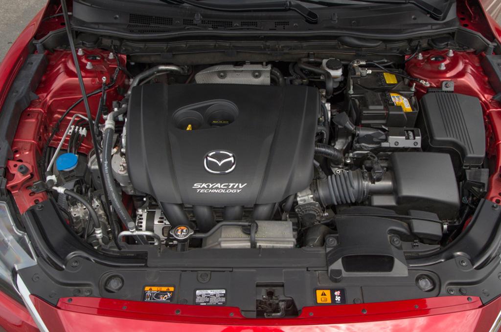 Mazda está desarrollando un motor de 6 cilindros