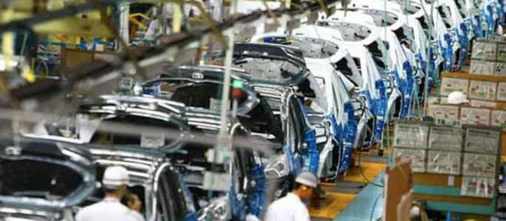 Industria automotriz quiere arrancar en México