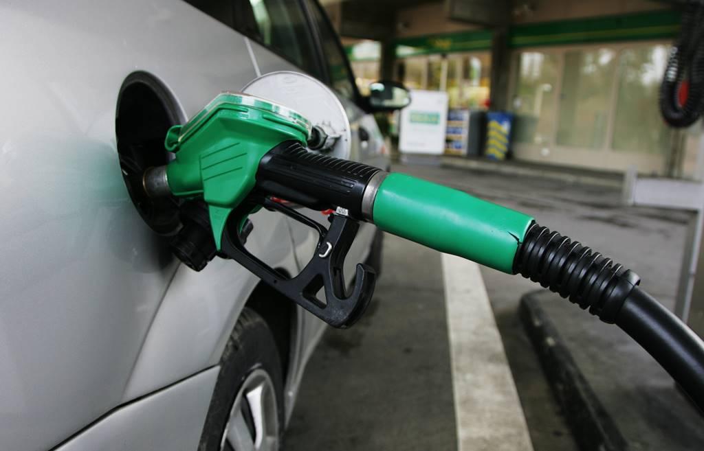 por qué no baja la gasolina