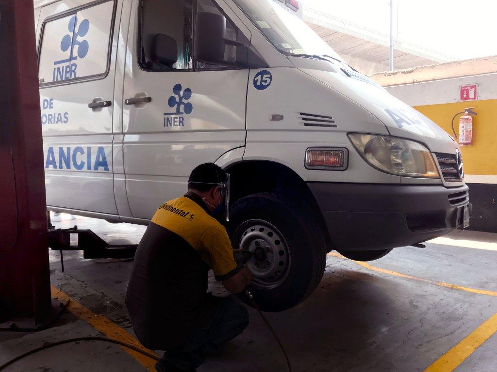 INER recibe donación de Continental para ambulancias que ayudan en la lucha de COVID-19