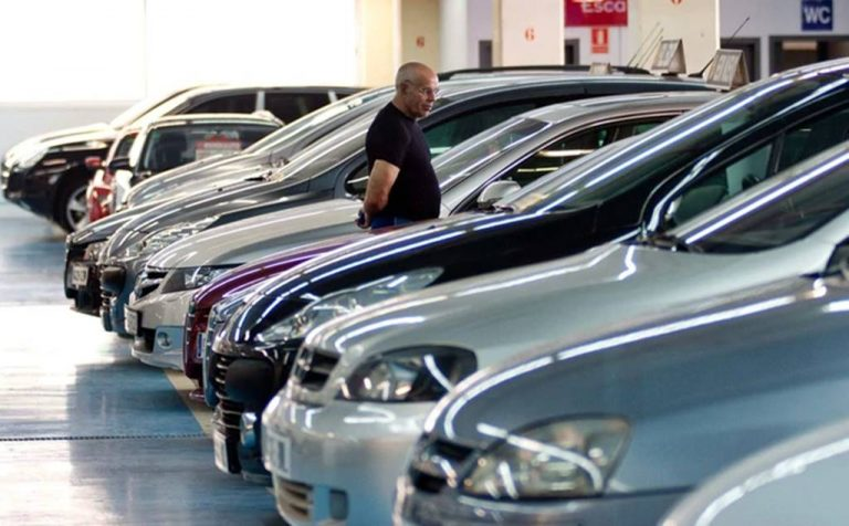 Abril el peor mes en venta de autos