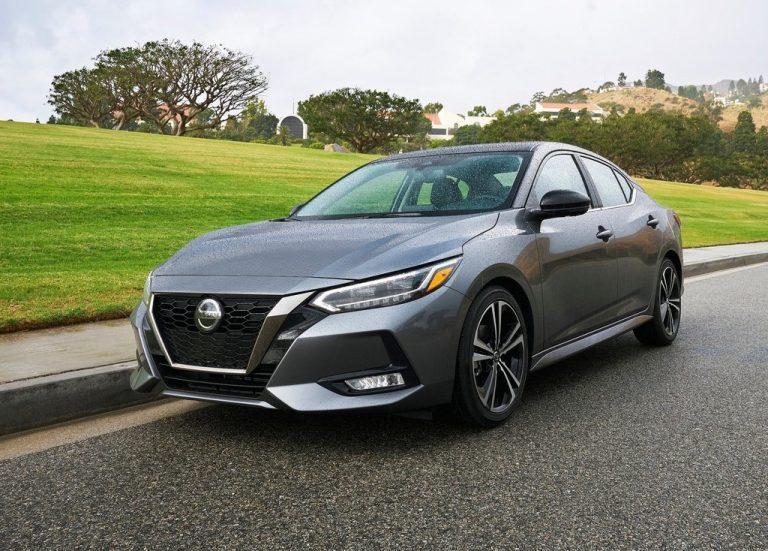 Nissan de México lanzó la octava generación de su Sentra como modelo 2020