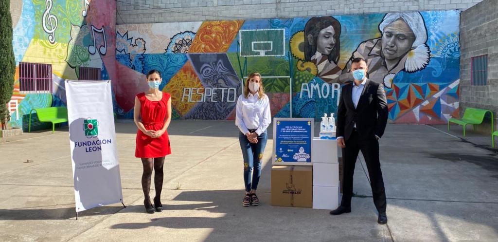 Michelin entregó cubrebocas y gel antibacterial a hospitales y metro de la Ciudad de México