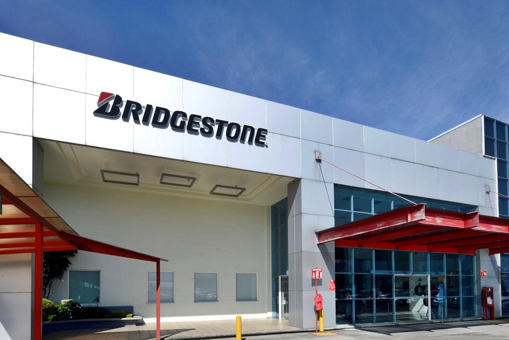 Bridgestone reinicia operaciones en México