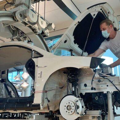 Volkswagen aumenta producción en julio
