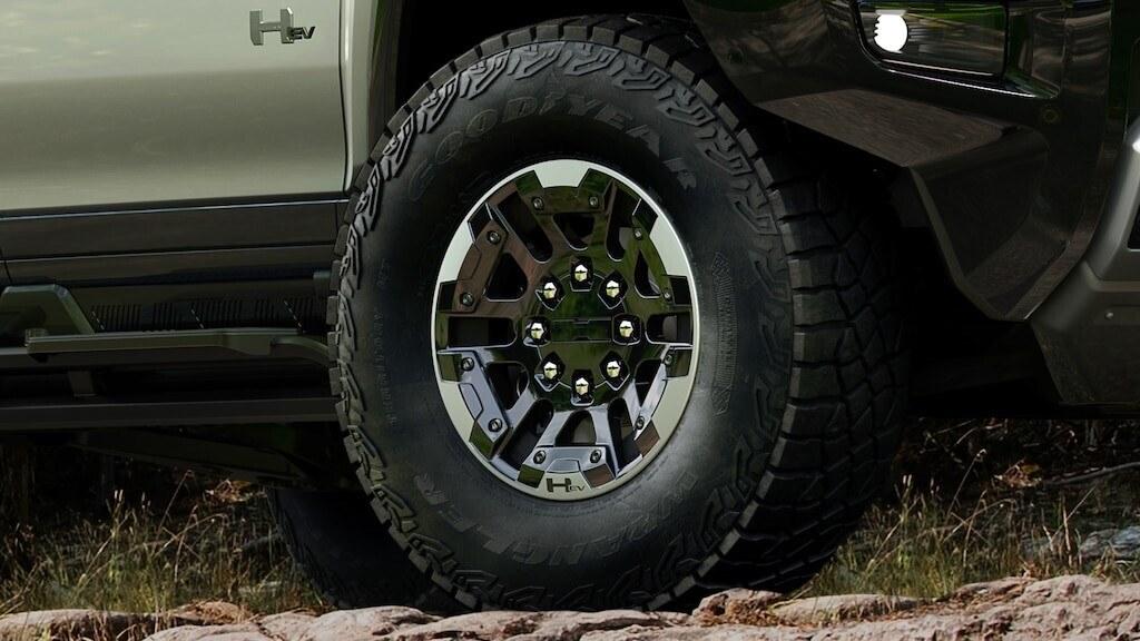 Hummer EV