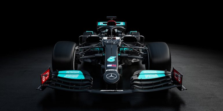 Mercedes-AMG Petronas F1 Team presentó su monoplaza W12